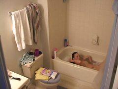 голи жени, скрит, баня, татуировка, брюнетки