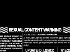 hármasban, punci nyalás, leszbi, játékszer, puncik, hardcore, orális szex