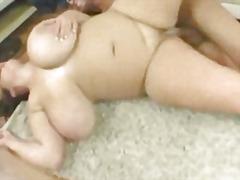 дебели, голям бюст, големи цици, цици, едри жени