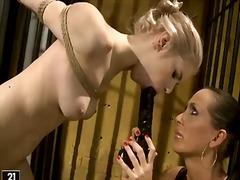 Mandy Bright, bdsm, lesbiske