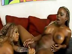 лесбийки, африканки, играчка, кучки