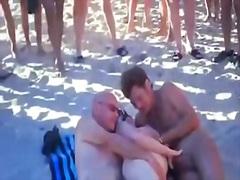 плаж, съпруга
