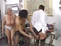 бабички, групов секс