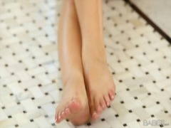 italian, slim, fingering, ella, floors, pussy, milano