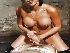 Шай Лов, женска доминация, доминация