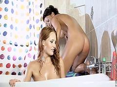 бельо, клитори, баня, лесбийки, близане
